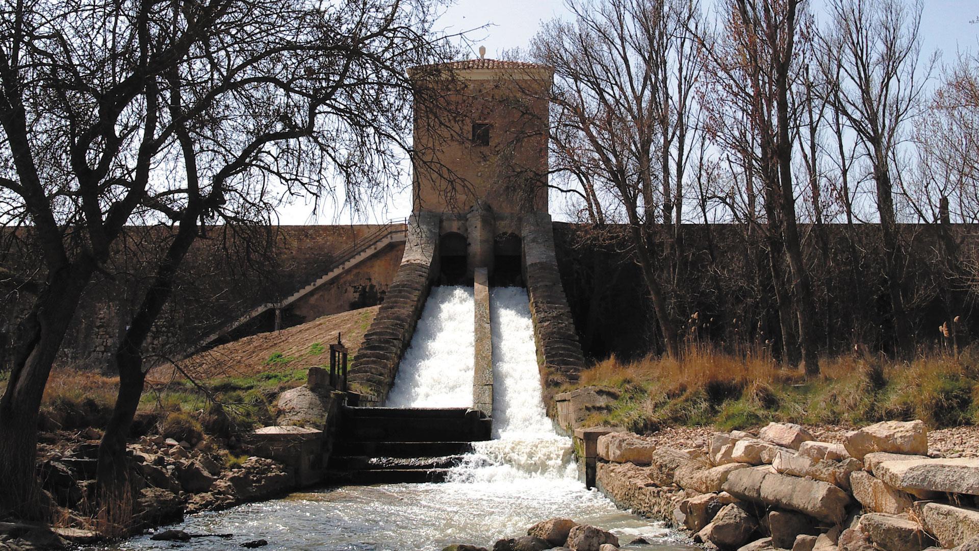 Cascada de la Almenara de San Martín en El Caracol