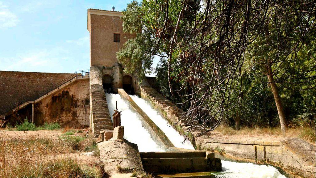 Vista de las Escalerillas en la almenara de San Martín en El Caracol de Alagón, junto a las Murallas de Grisén