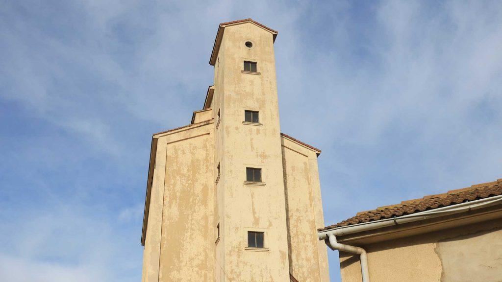 Vista del silo de Alagón en Alagón
