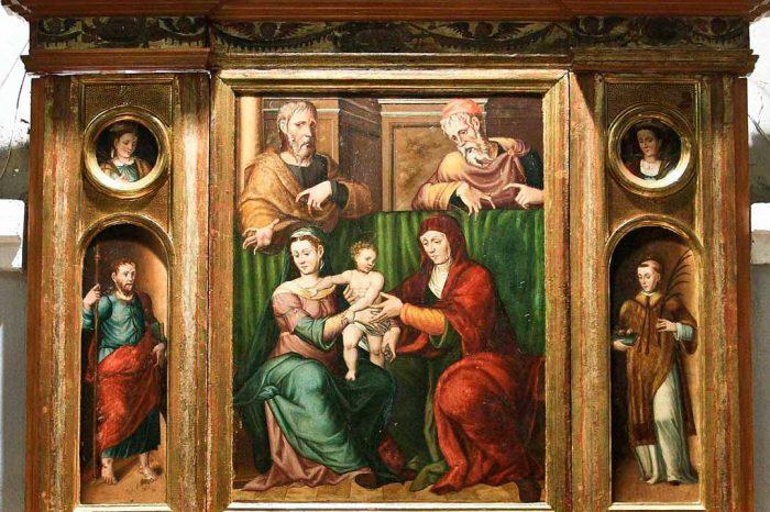 Retablo de la Sagrada Familia en la iglesia de la Asunción de Nuestra Señora en Bárboles