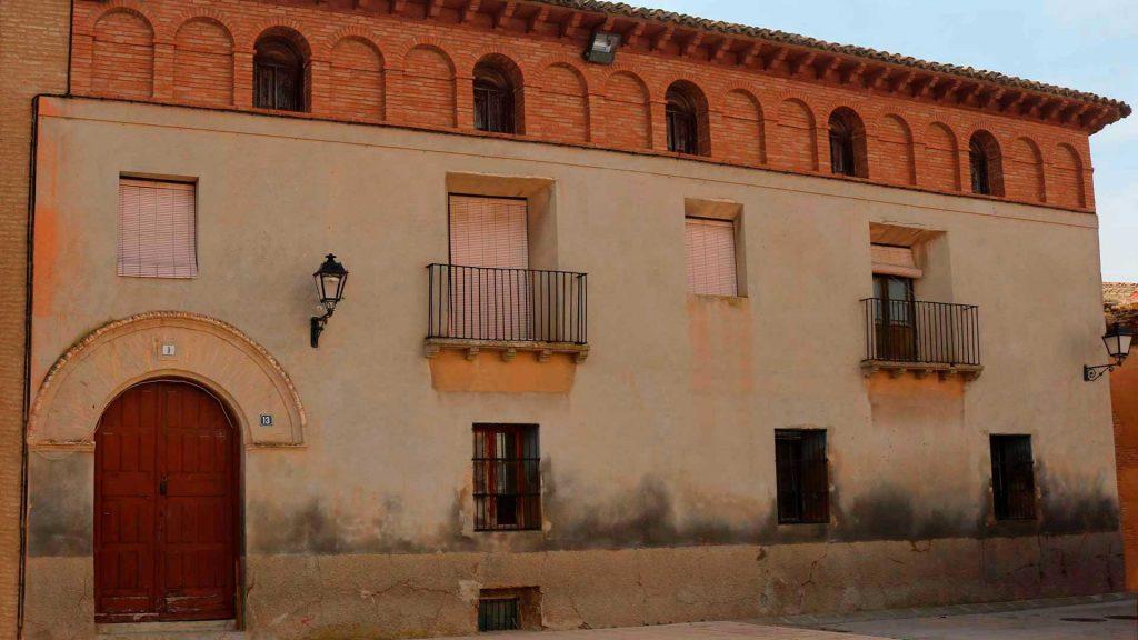 Casona señorial en el conjunto arquitectónico de la plaza de Bárboles