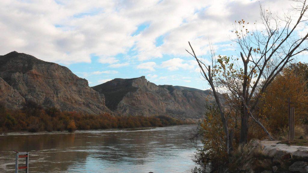 Río Ebro en Torres de Berrellén.