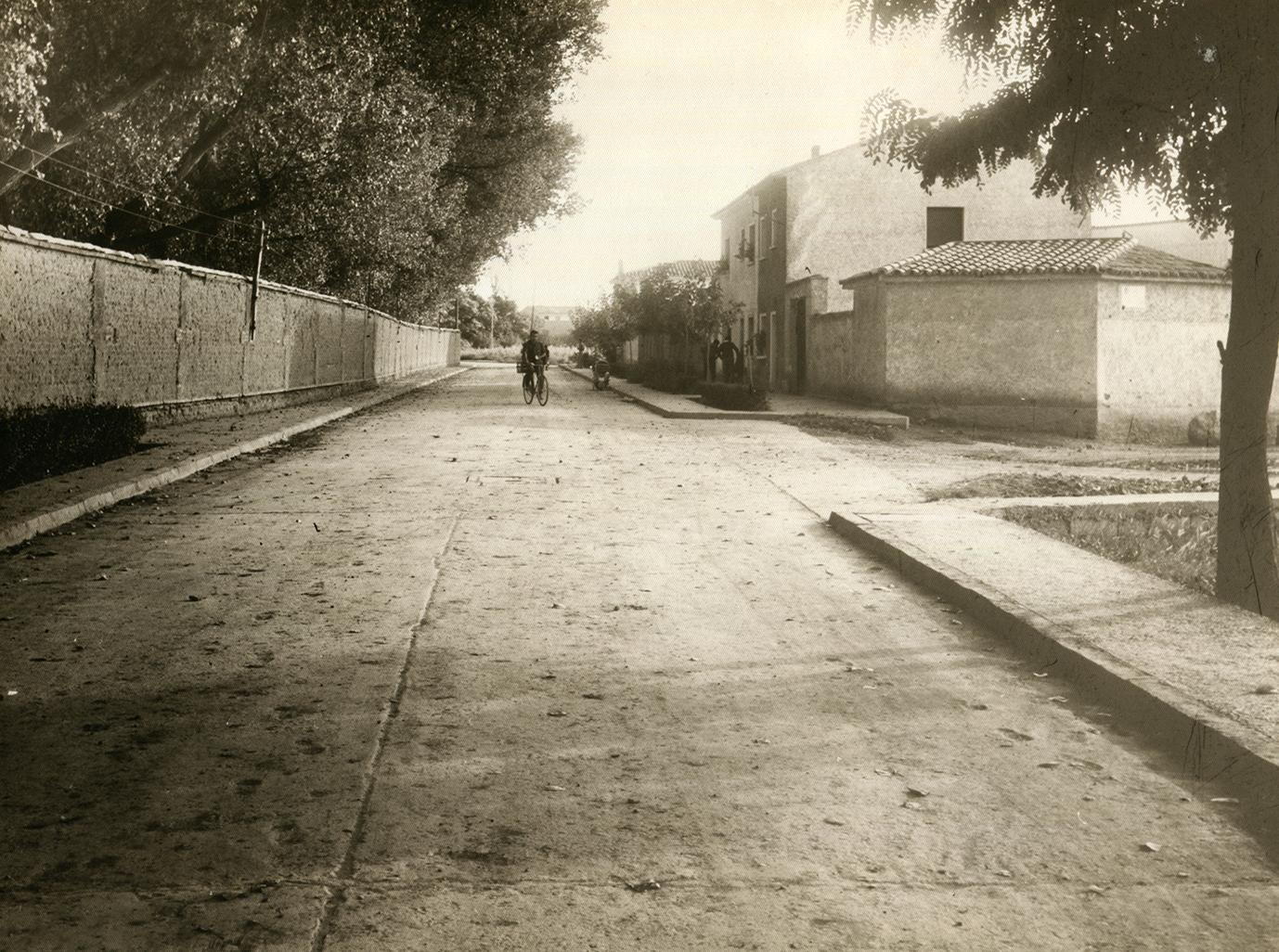 Imagen de Larraz en avenida Diputación en Pedrola