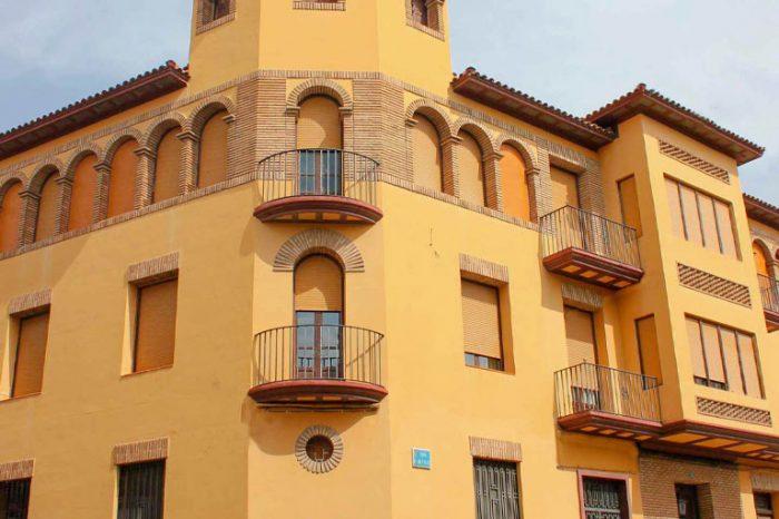 Casa Zaldívar de estilo solariego aragonés y de uso residencial en Gallur.