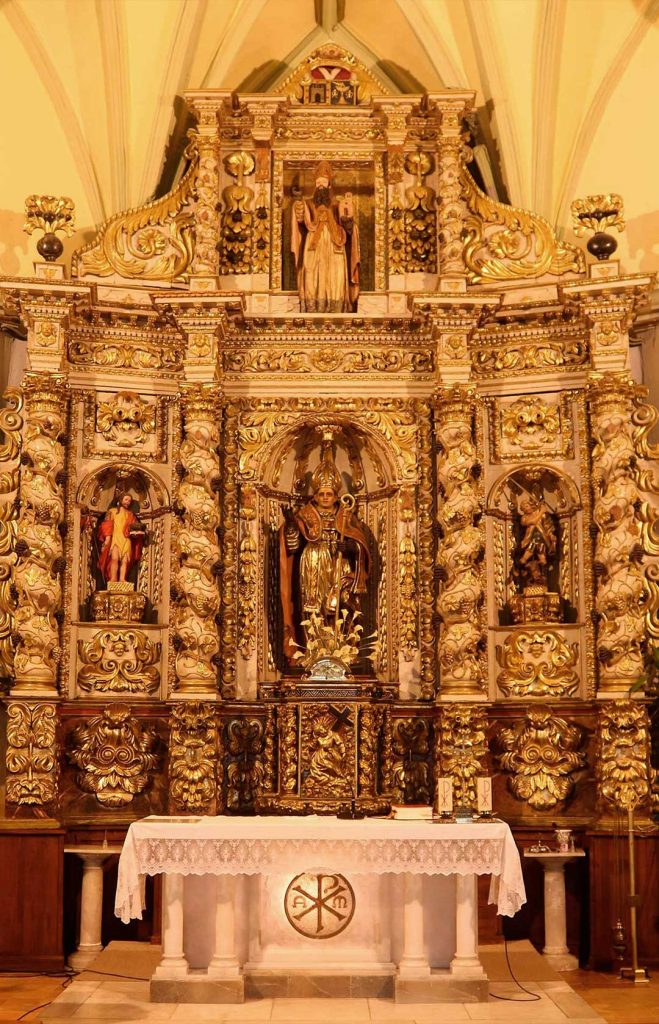 Retablo de San Martín de Tours en la iglesia de san Martín de Tours en Grisén