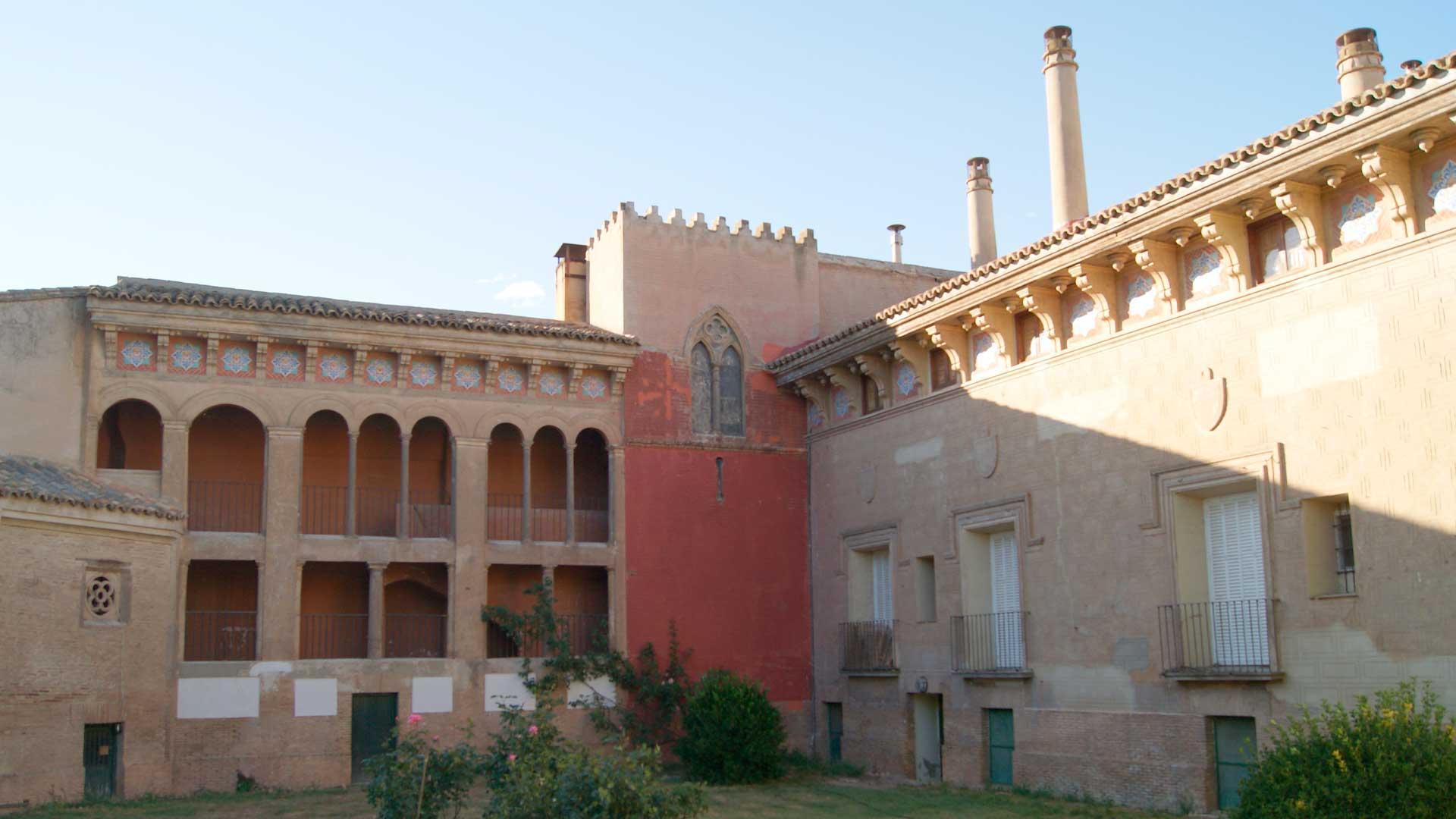 Patio central del palacio de los duques de Villahermosa de Pedrola.