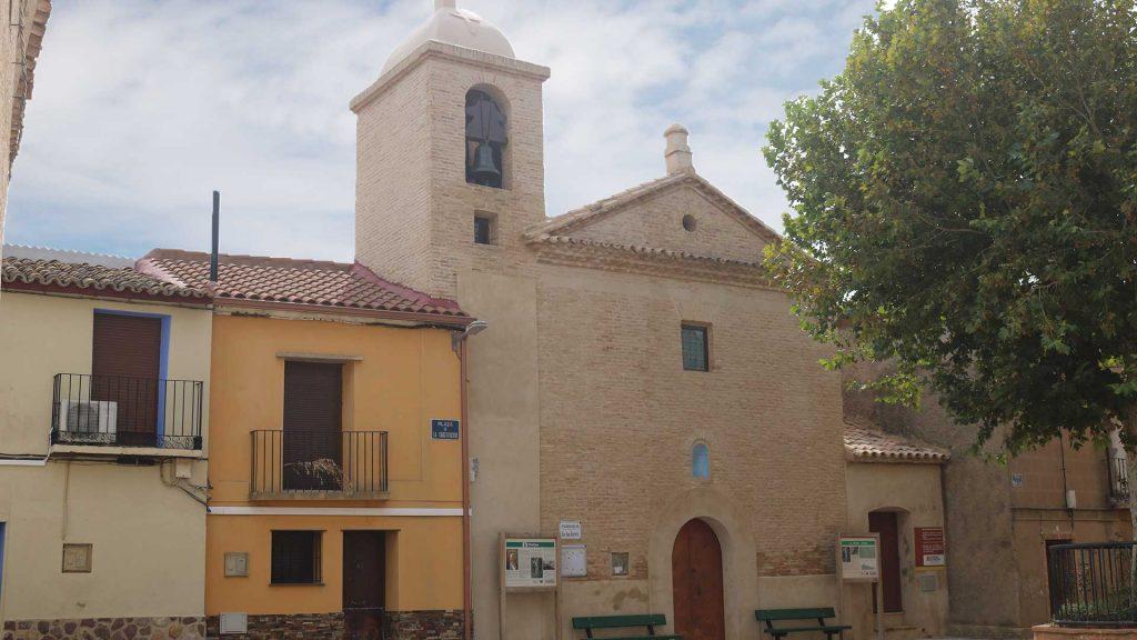 Fachada de la iglesia de San Juan Bautista en Pleitas