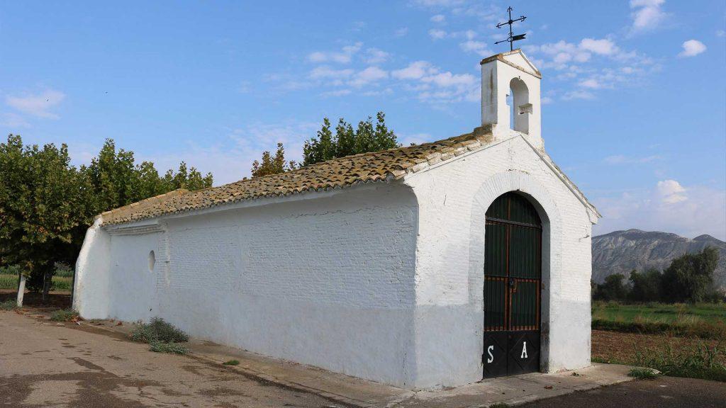Fachada de la ermita de San Antonio en Sobradiel