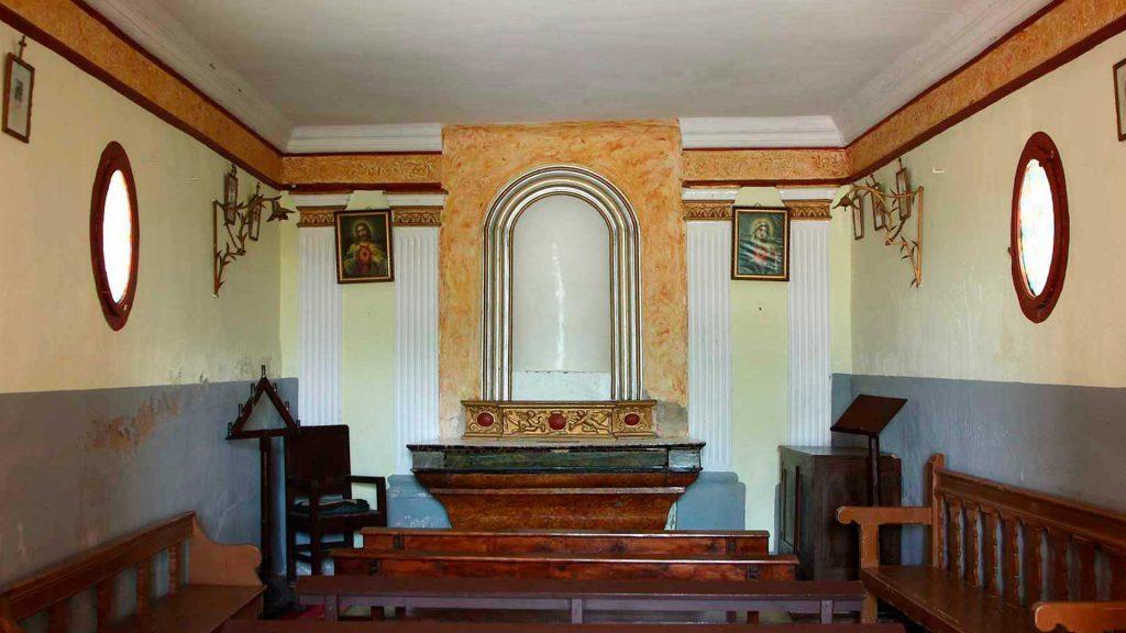 Interior de la ermita de San Antonio en Sobradiel