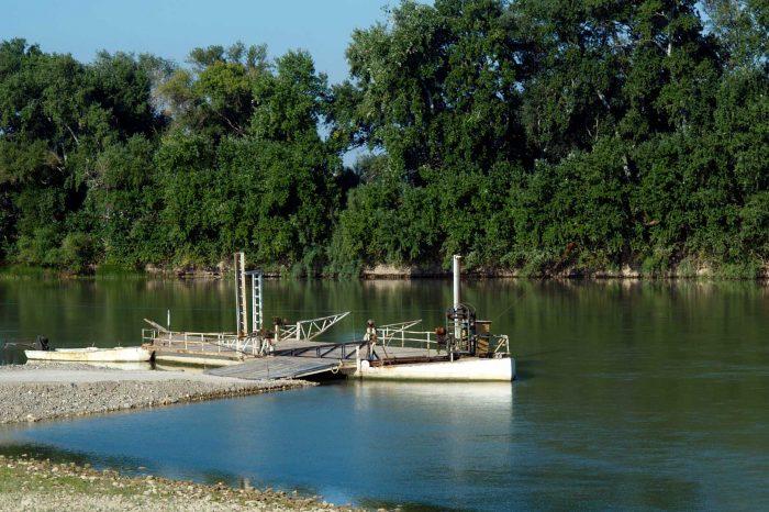 Vista de la barca de Candespina en Sobradiel
